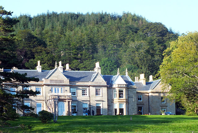 Winner of a Trip Advisor Certificate of Excellence 2014,  Raasay House makes for a relaxing retreat in the idyllic Scottish countryside.